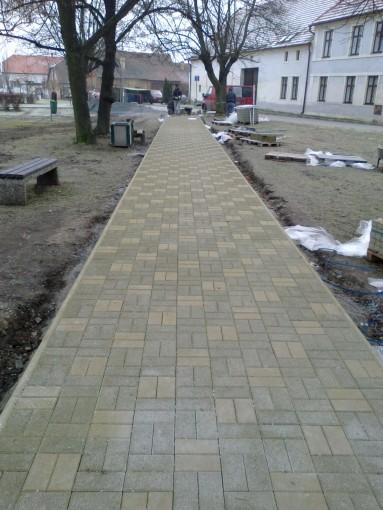 Zámková dlažba - Touškov