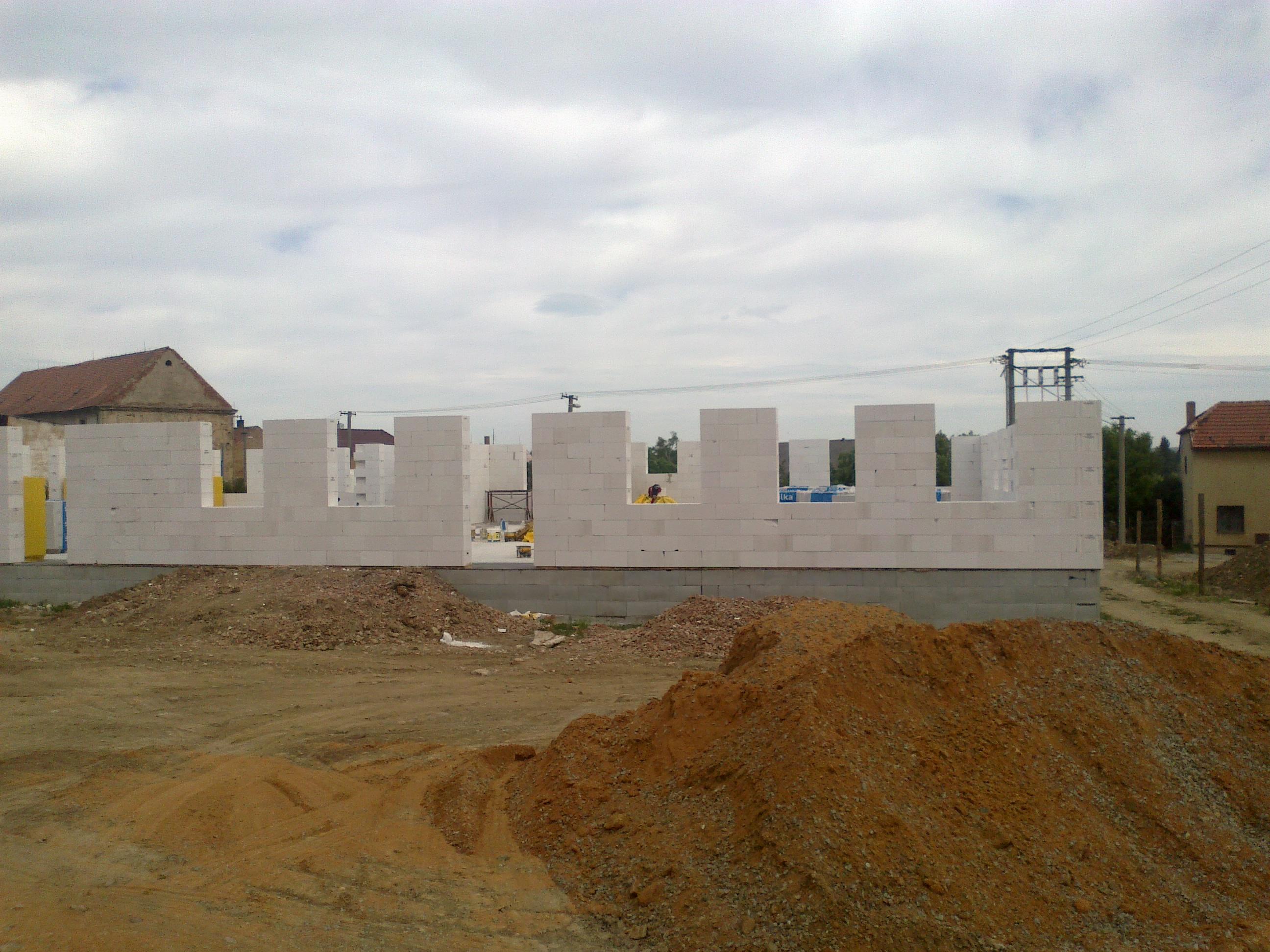 Výstavba bytového domu